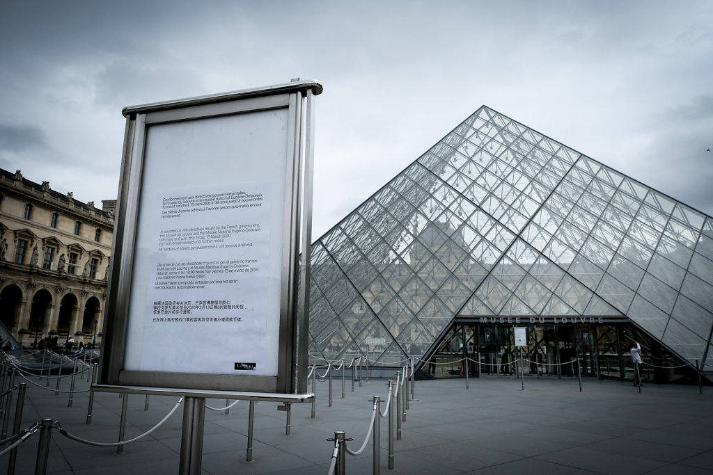 Paris getting ready for the coronavirus outbreak